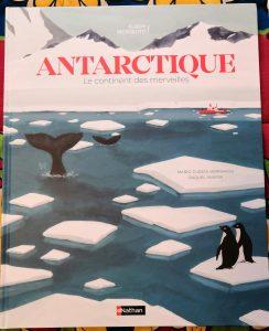Beau livre sur l'Antarctique